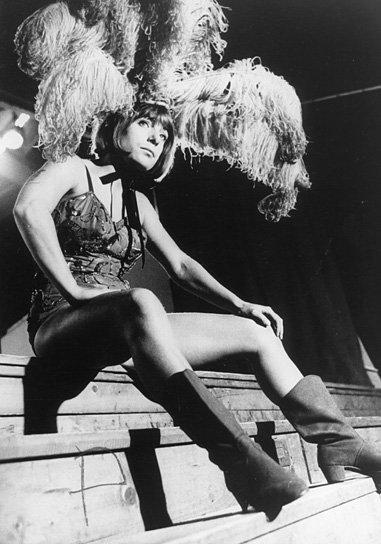 Die Artisten in der Zirkuskuppel: ratlos, Quelle: DIF, FMD, SDK