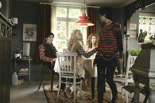 Die Vampirschwestern 2 - Fledermäuse im  Bauch, © 2014 Sony Pictures Releasing