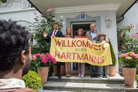 """""""Willkommen bei den Hartmanns"""", © 2016 Warner Bros. Ent."""