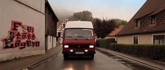 """""""Austreten"""", Quelle: Schmidbauer-Film, DIF, © Schmidbauer-Film"""