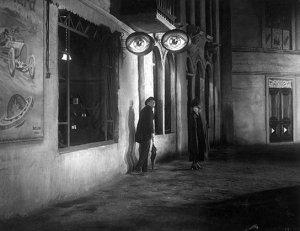Die Straße, Quelle: Murnau-Stiftung, SDK