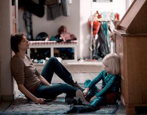 """""""Eltern"""", Quelle: DCM Film, DIF, © Oliver Vaccaro, Kundschafter Filmproduktion"""