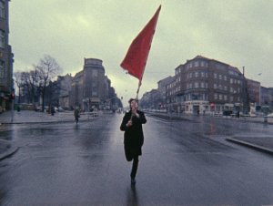 """""""Farbtest. Die Rote Fahne"""", Quelle: Deutsche Kinemathek"""